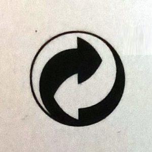 ярлык значок на одежде стрелки друг в друга